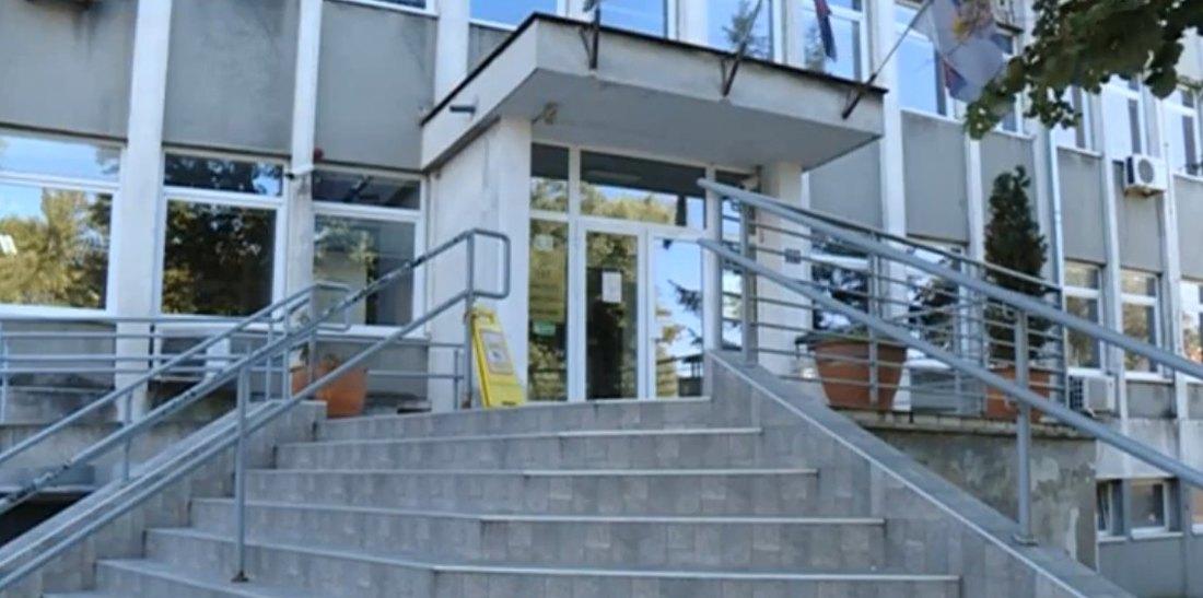 Institut za javno zdravlje Vojvodine obustavio rad sanitarnih pregleda i savetovališta za ishranu