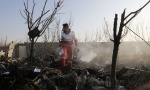 Iran poziva zainteresovane strane za istragu pada aviona; Zeleneski ne isključuje mogućnost da je avion oboren