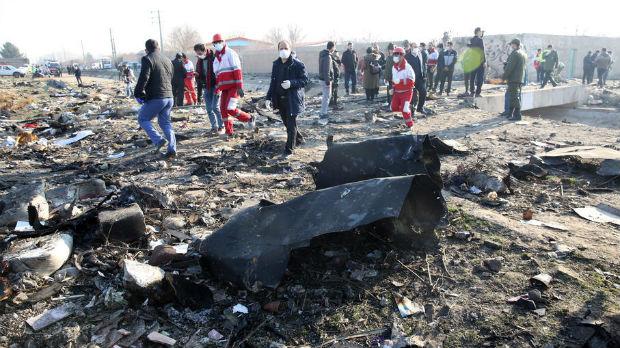 Iran istražuje pad aviona, stižu Amerikanci i Kanađani