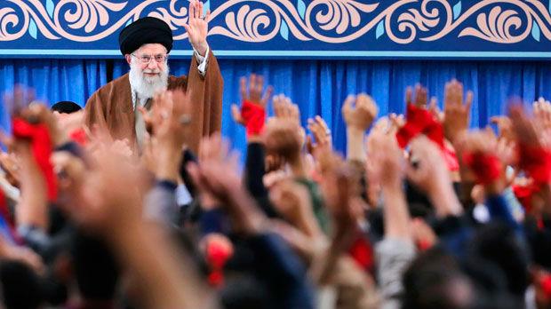 Iranci obeležavaju godišnjicu zauzimanja Ambasade SAD