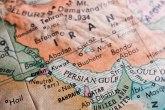 Iranski imam: Britanskog ambasadora bi mogli da iseckaju na komadiće