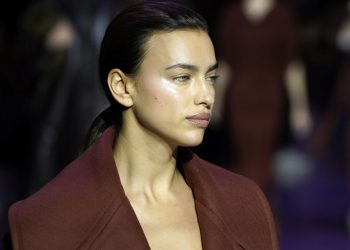 Irina Šajk slomljena: Manekenka teško podnela novu ljubav Bredlija Kupera