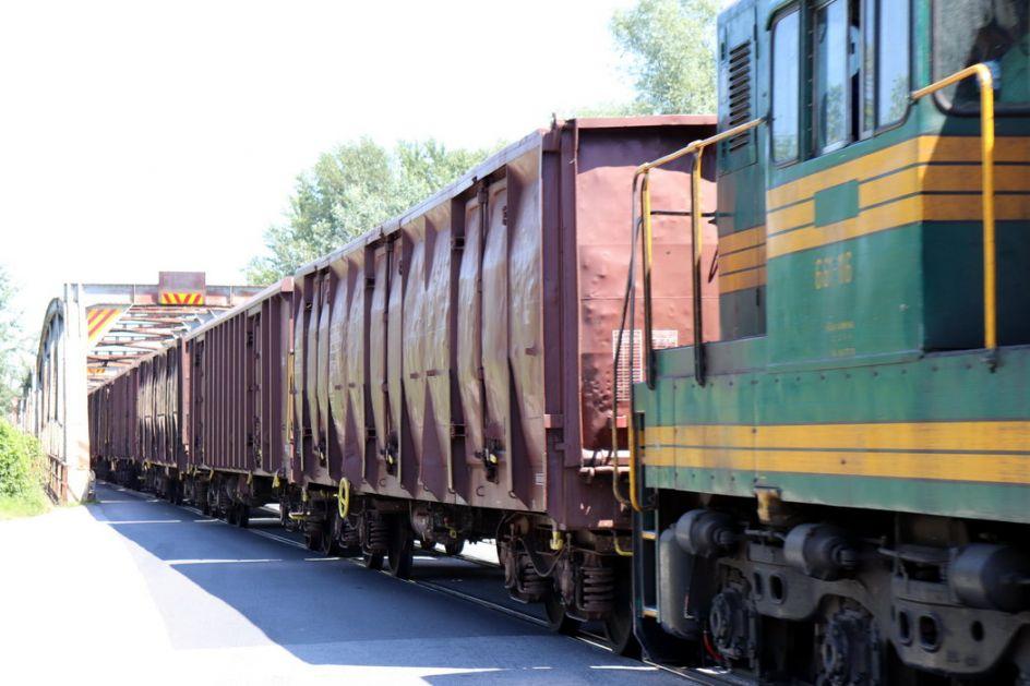 Iskliznula četiri teretna vagona kod Despotovca, nema povređenih