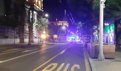 Ispred Skupštine Srbije veći deo gradjana se razišao, jedna grupa provocira policiju