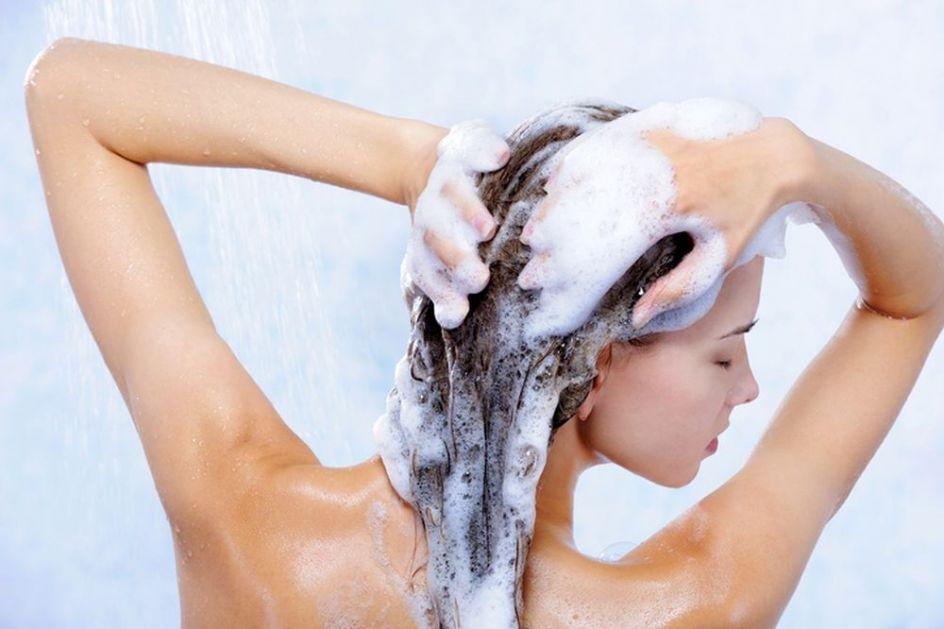 Ispucali krajevi kose – kako sprečiti da dođe do toga