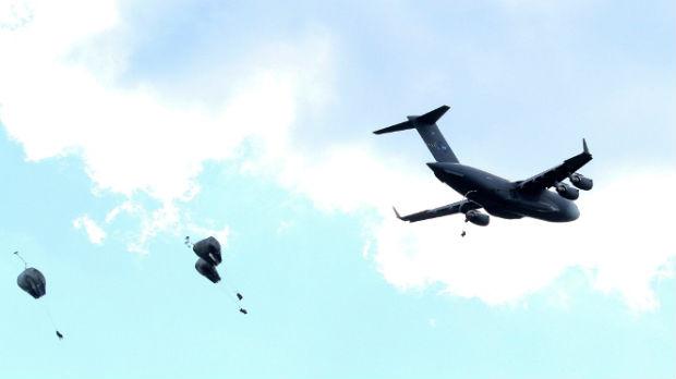Istraga zbog sudara američkih aviona, jedan marinac poginuo