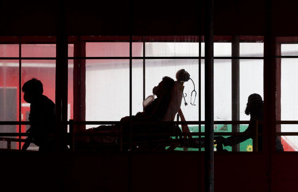 Istraživanje: Pacijenti posle korone pate od umora, teško dišu...
