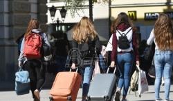 Istraživanje: Petina gradjana želi da se iseli iz Srbije