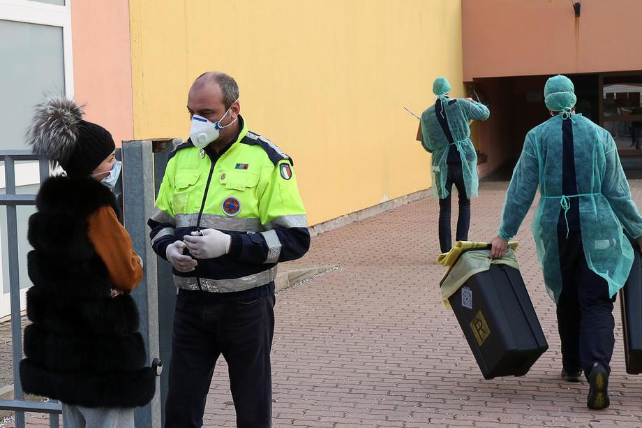 U Francuskoj umrla i druga osoba od koronavirusa, u Grčkoj prva obolela pacijentkinja