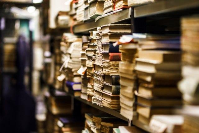 Iz Austrije u Beograd stiglo 30 hiljada knjiga