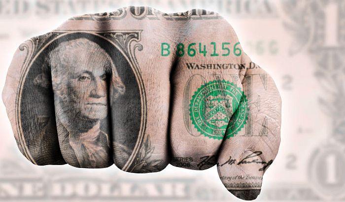 Izbegavanja dolara i američki bič za šibanje po neposlušnima