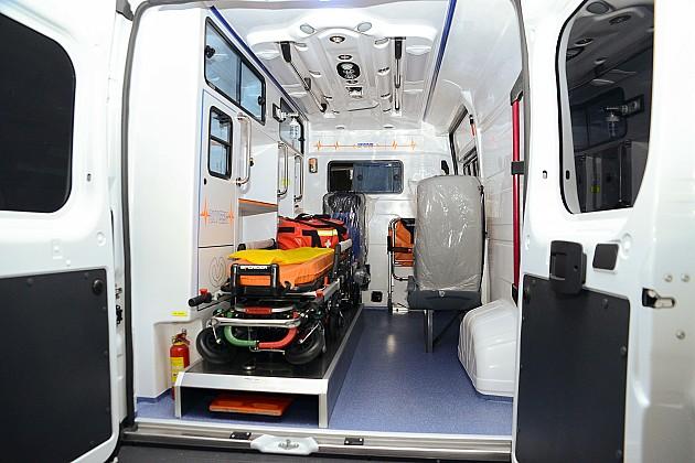 Izboden mladić na Limanu II, u besvesnom stanju i s višestrukim povredama prevezen u Urgentni