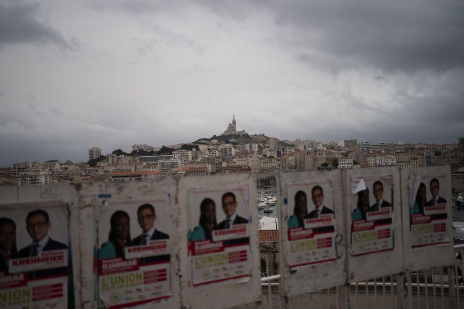 Izbori u Francuskoj razočaranje za Makrona i Le Pen?