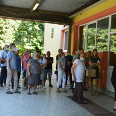 Izbori za MZ u Opovu: Potvrda velike podrške politici Aleksandra Vučića (FOTO)