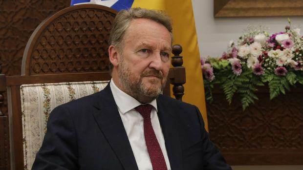 Izetbegović: Novalić uhapšen zato što je Bošnjak