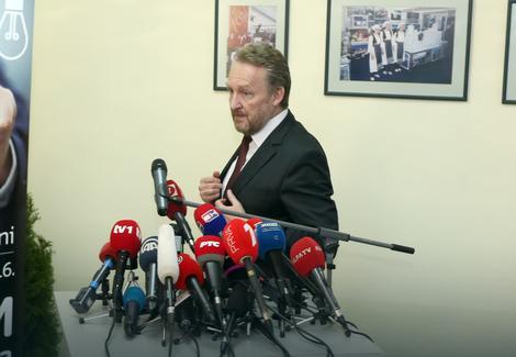 Izetbegović: Osuda antibošnjačke kampanje