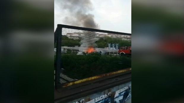 Izgoreo automobil u Rakovici