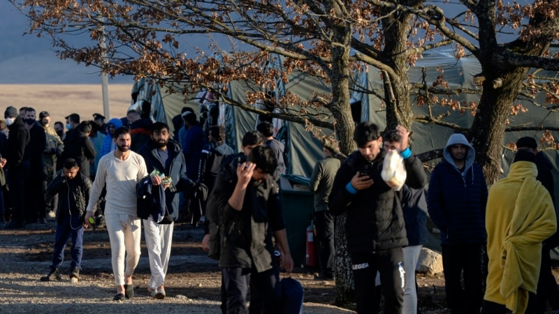 Migranti iz gradske jezgre Bihaća izmješteni u kamp Lipa