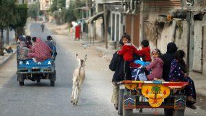 """Izrael, Palestina i nasilje: Izraelci pojačavaju napade u Gazi, Hamas preti """"surovom lekcijom"""", ljudi beže iz pogranične oblasti"""