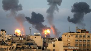 Izrael, Palestina i nasilje: Rakete na Tel Aviv posle vazdušnog napada izraelskih snaga na stambeni blok u Gazi