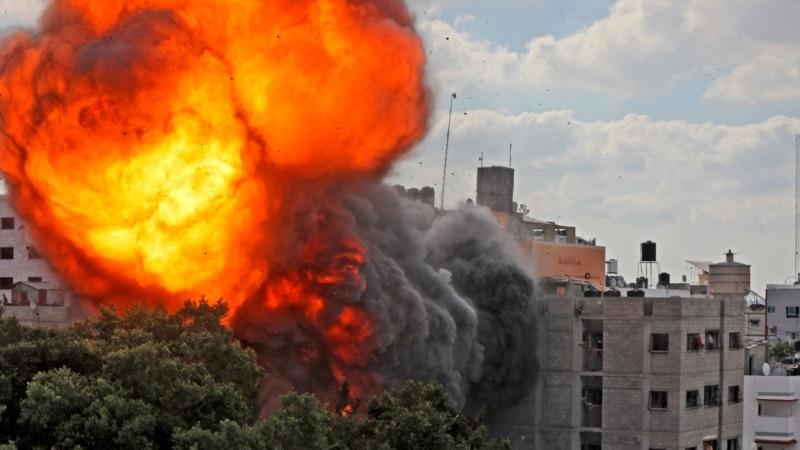 Izraelska vojska nastavila s jakim napadima,  rakete iz Libanona prema Izraelu