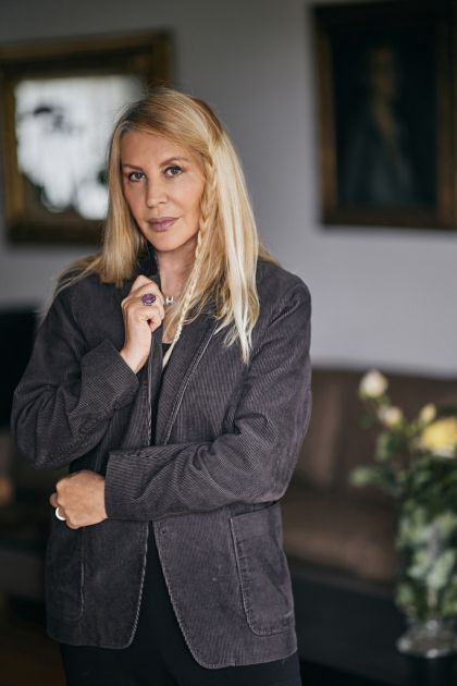 JA SAM ROMANTIČNA STARICA, SADIM PARADAJZ, KOSIM TRAVU...: Verica Rakočević otkriva zašto namerava da pobegne još dublje u ŠUMU (VIDEO)