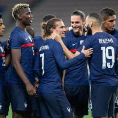 JAUCI I OČI PUNE SUZA: Francuska DESETKOVANA protiv Švajcarske! Napustio je trening PLAKAJUĆI (VIDEO)