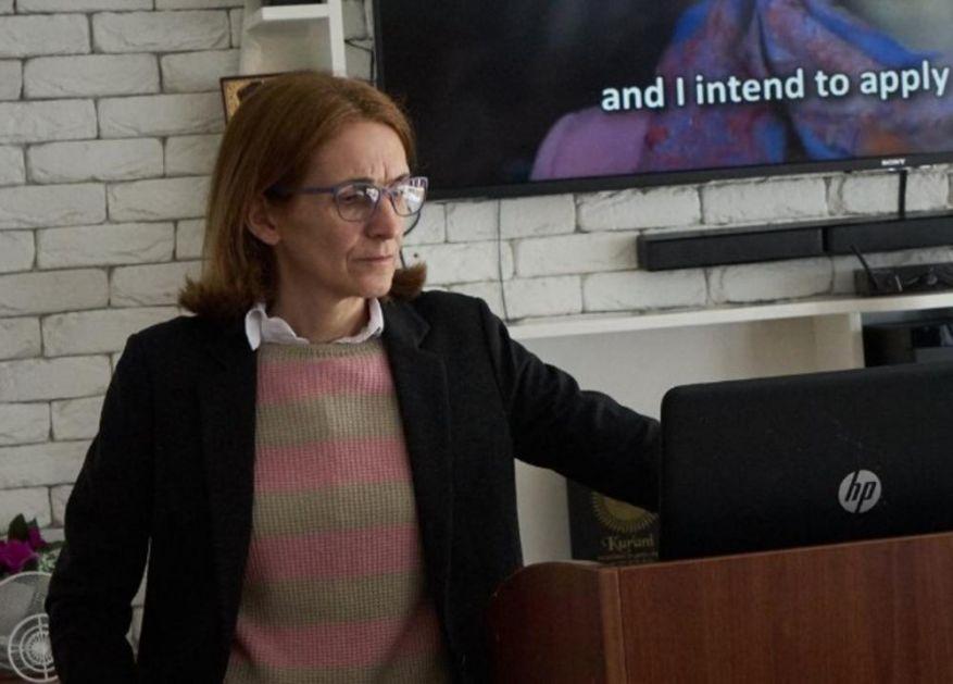JEDEM NA SVAKA 2-3 DANA, PLATA MI JE 47 EVRA: Potresni status crnogorske profesorke Jasminke mnoge ostavio bez teksta