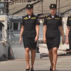 JEDINSTVENI BISER RUSKE FLOTE: Devojke za kormilom patrolnog broda Raptor (VIDEO)