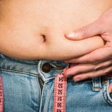 JEDNA ČAŠA SVAKO VEČE PRE SPAVANJA: Izbacite otrove iz debelog creva i spalite masnoće