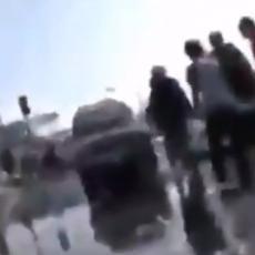 JEZIVE SCENE SA NOVOG ZELANDA NAKON SNAŽNIH POTRESA: Sirene odjekuju, ljudi beže u više krajeve (VIDEO)