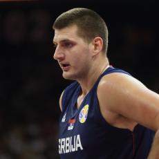 JOKIĆ BLISTAO U SENCI KOBIJEVE POGIBIJE: Svi u hali plakali, a onda je Srbin održao čas košarke Hjustonu