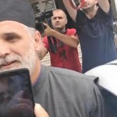 JOŠ JEDAN TRIJUMF PRAVDE: Iz pritvora pušten i paroh Željko Ćalić