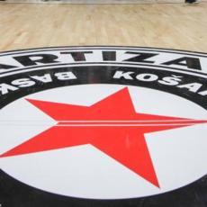 JOŠ JEDNA DIRLJIVA PORUKA: Od Isaije se oprostio i KK Partizan (FOTO)