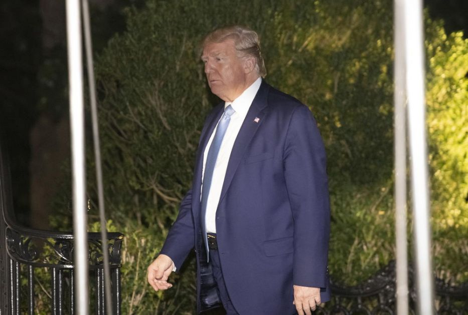 JOŠ JEDNA TRAMPOVA BLAMAŽA! Američki predsednik ne zna geografiju, sad hoće da gradi zid i 500 km od granice! (VIDEO)