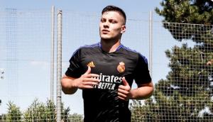 JOVIĆ DEFINITIVNO ISPADA IZ PLANOVA?! Napadač stavio paraf na ugovor sa Real Madridom!
