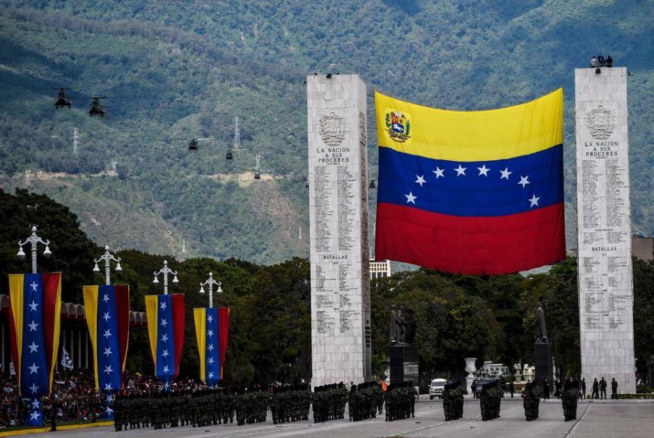 JUŽNA AMERIKA VIŠE NIKAD NEĆE BITI ISTA Rekordan broj ljudi napuštan Venecuelu, a ovo je glavni razlog!