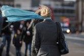 Jak olujni vetar, do 20 stepeni