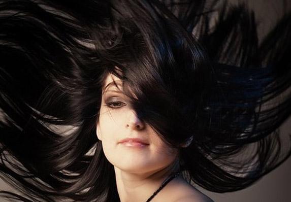 Jaka i gusta kosa bez procvetalih krajeva! Moguće je!