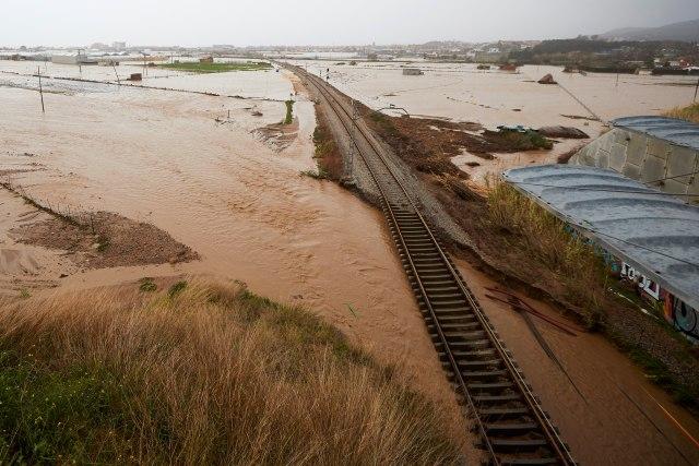 Jaka oluja u Španiji, šestoro mrtvih
