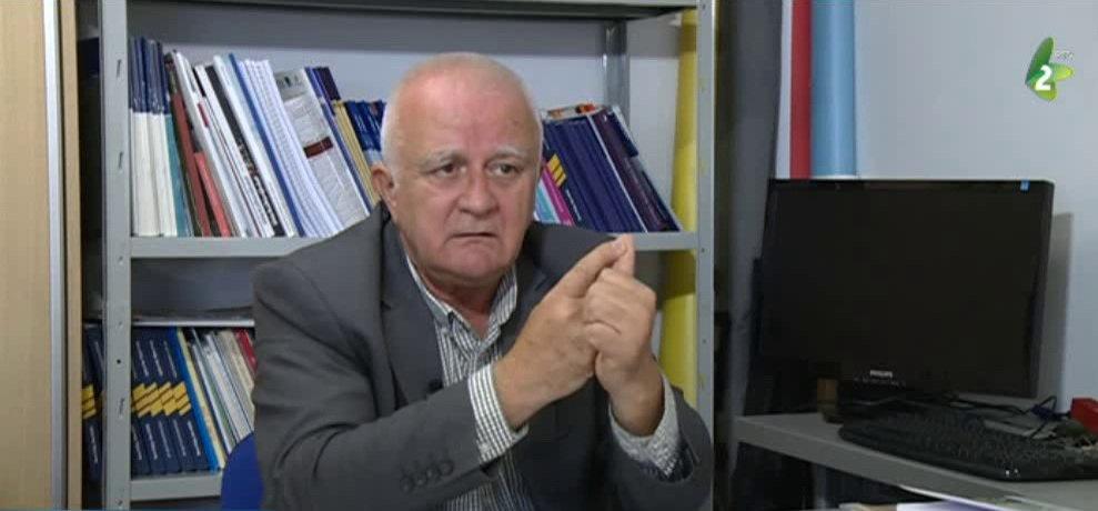 Janjić:Nepovoljne okolnosti za pregovore, Beograd da rezerviše pravo da pošalje niži pregovarački tim