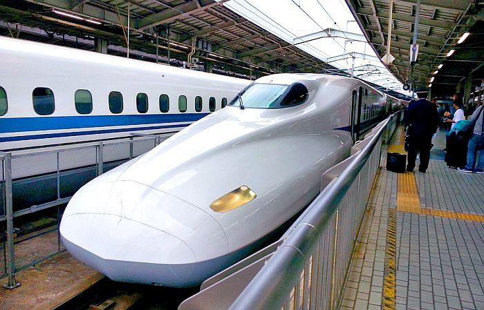 Japanska železnica se izvinila jer je voz krenuo 25 sekundi ranije