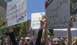 Jedan Palestinac poginuo, desetine ranjene na protestima na Zapadnoj obali