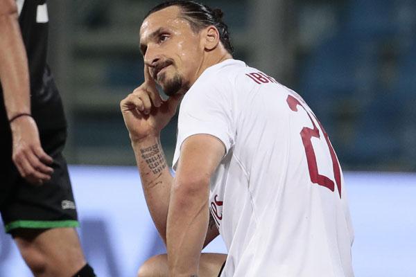 Jedni tvrde gotovo, drugi da postoji problem, šta će biti sa Ibrahimovićem?