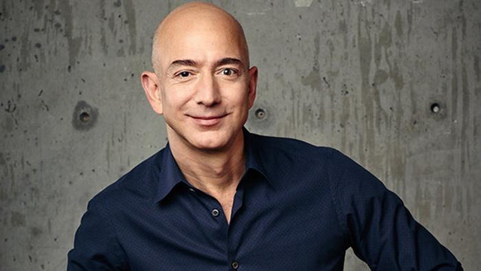 Jeff Bezos i dalje na vrhu Forbes-ove liste