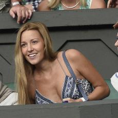 Jelenu Đoković dobro znate, ali znate li kakva je lepotica NJENA SESTRA? Marija je TAJANSTVENA CRNKA koja ima zanimljiv hobi