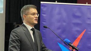 Jeremić: Srbija je voz na koloseku za propast kojim upravlja pomahnitali mašinovođa