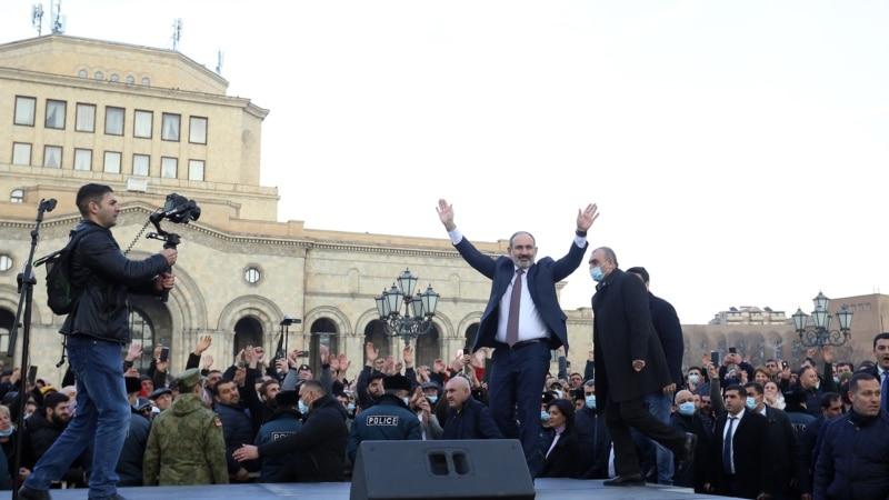 Jermenski premijer poziva na smirivanje posle optužbe o pokušaju puča