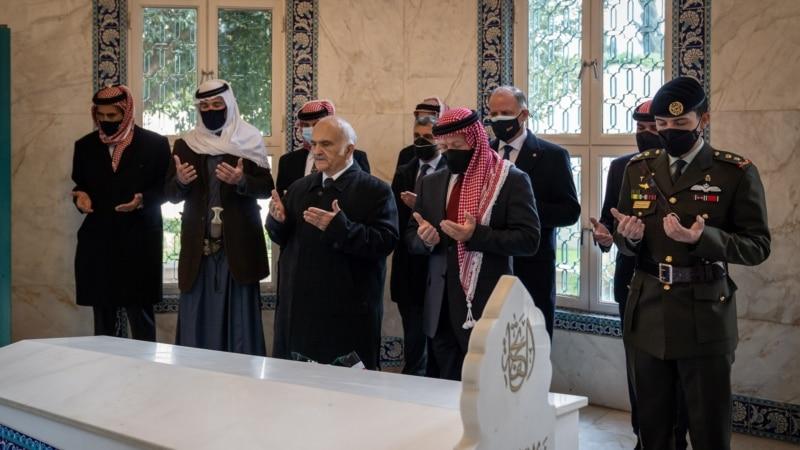 Jordanska kraljevska porodica uslikana zajedno nakon raskola u familiji