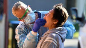 Najveći broj umrlih u danu – 13, još 299 obolelih i ukupno 110 na respiratoru